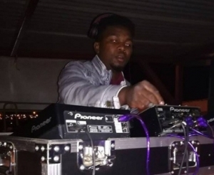 Jagu DJ - Vuma ft Mkhulu